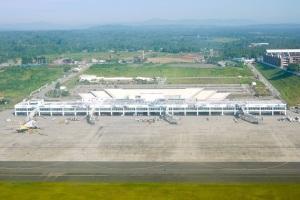 http://upload.wikimedia.org/wikipedia/commons/d/dd/Davao-international-airport.jpg